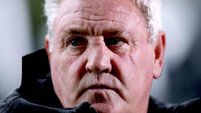 Newcastle United boss Steve Bruce has called for football to halt amid rising coronavirus cases