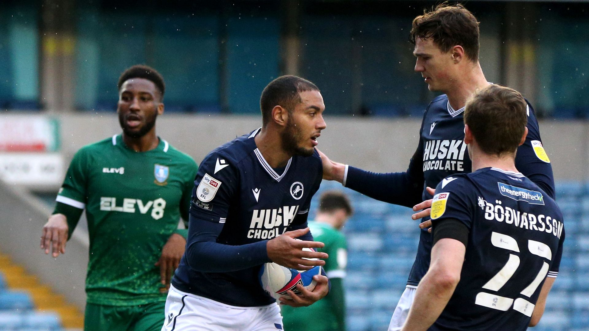 Millwall romp past Sheffield Wednesday