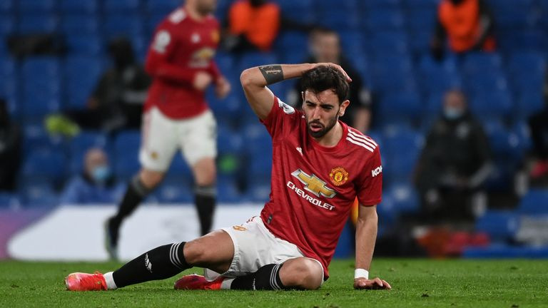 Bruno Fernandes goes to ground during Manchester United's 0-0 draw with Chelsea at Stamford Bridge