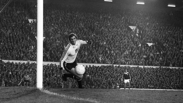 Image result for Former Wales goalkeeper Dai Davies dies aged 72