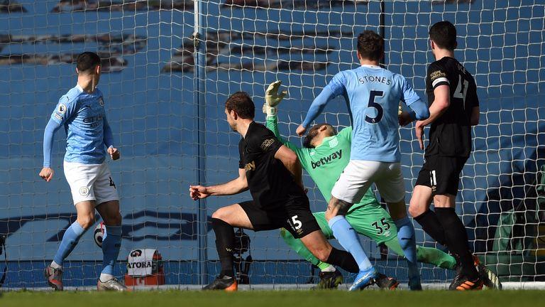 John Stones restores Man City's lead