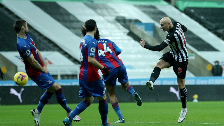 Jonjo Shelvey blasts Newcastle in front after just 70 seconds