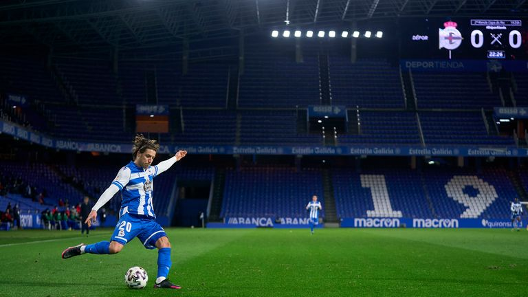 Keko Gontan of Deportivo de La Coruna in action during Copa del Rey Second Round Match between RC Deportivo de La Coruna and Deportivo Alaves at Abanca Riazor Stadium on January 06, 2021 in La Coruna, Spain.