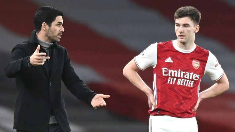 Arsenal boss Mikel Arteta gives instructions to Kieran Tierney