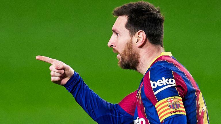 Lionel Messi starred in Barcelona's 3-0 win over Elche