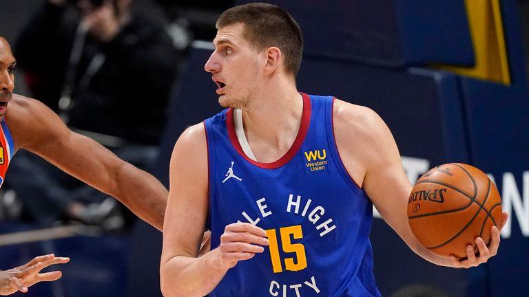 Nikola Jokić continued his impressive season with 22 points, while Denever gathered on Friday night and beat Oklahoma (AP Photo / David Zalubowski)