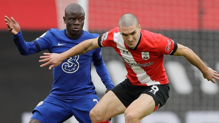 Southampton's Oriol Romeu (right) and Chelsea's N'Golo Kante challenge for the ball