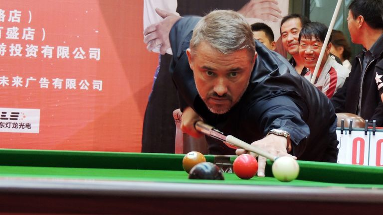 Hendry will play his first professional match in nine years (Imaginechina via AP Images)