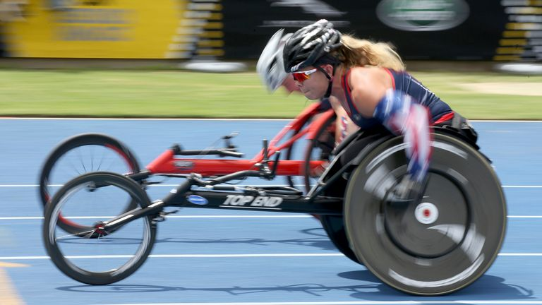 Competitors take part in the 2018 Invictus Games in Sydney