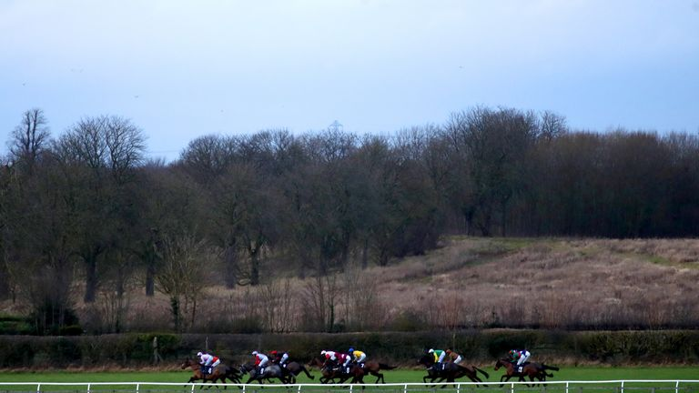 Wetherby - stage all-hurdles card
