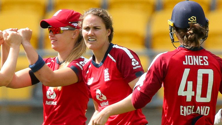 England Women Skittle New Zealand For 96 As They Win First T20i In Wellington By Seven Wickets Cricket News Sky Sports