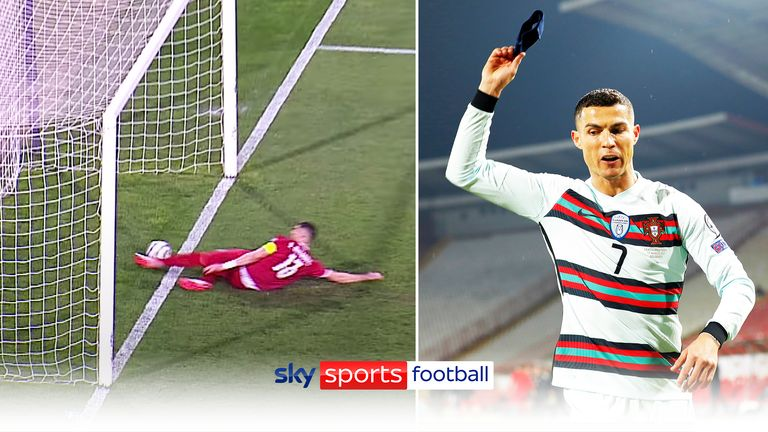 Ronaldo rages at disallowed 'goal'