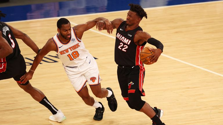 Highlights of the Miami Heat against the New York Knicks in Week 15 of the NBA.