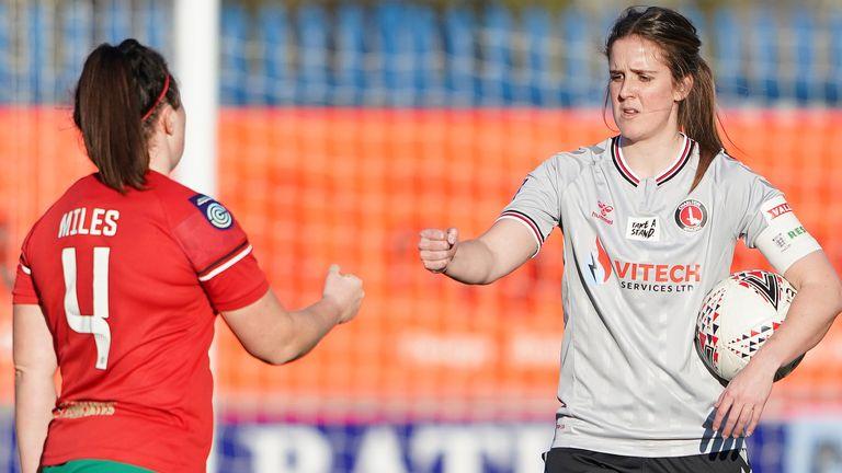 Women's Championship side like Charlton and Coventry United still play in a semi-professional league