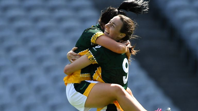 Fitzpatrick celebrates with his Australasian teammate Tricia Melanaphy after defeating Parnell Ladies in the GAA World Games Ladies Football Irish Cup final in 2019