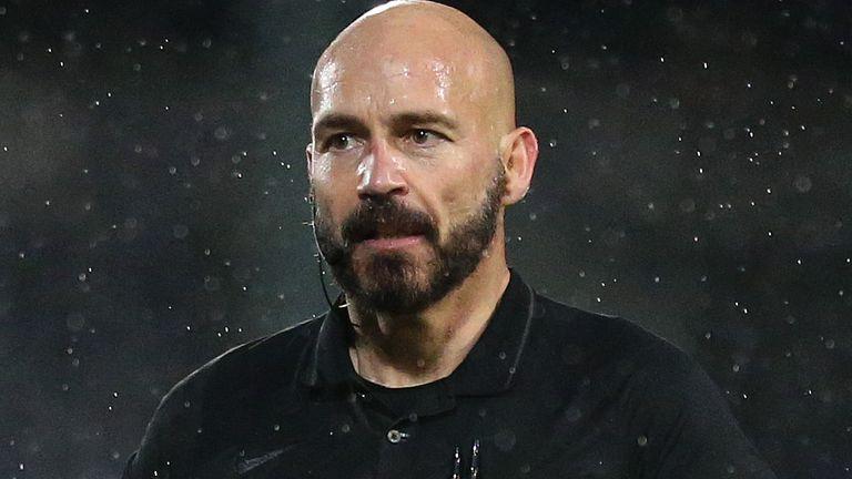 Referee Darren Drysdale (Getty)