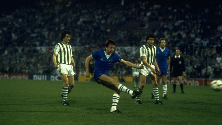 Trevor Steven in action for Everton against Rapid Vienna in the 1985 European Cup Winners' Cup final