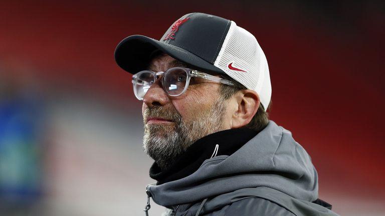 Manajer Liverpool J ன் rgen Klopp telah absen dari babak 16 besar Liga Champions UEFA dengan leg kedua di Stadion Puskas di Budapest.  Tanggal Gambar: 10 Maret 2021.