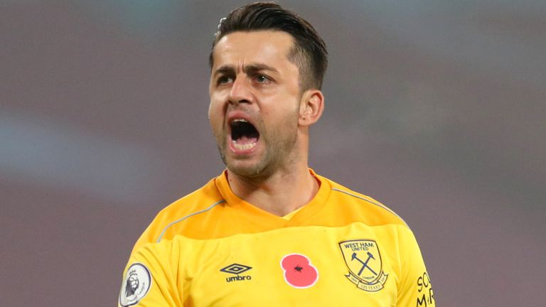West Ham United v Fulham - Premier League - London Stadium