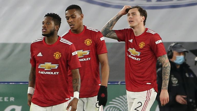 Leicester Man Utd dejected Manchester United
