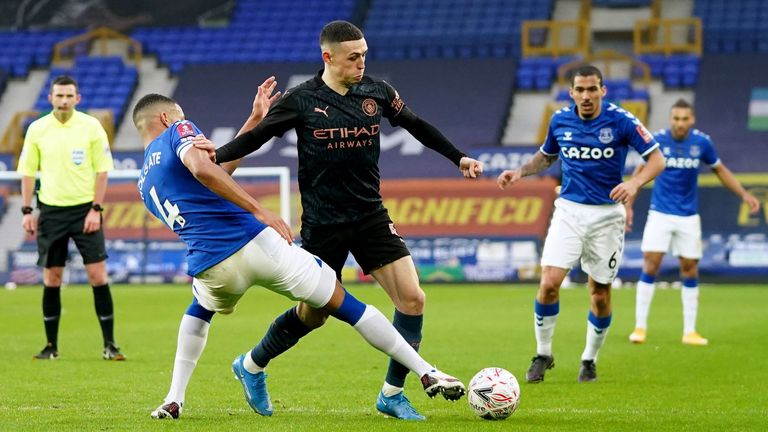 Phil Foden on the ball during Manchester City's FA Cup tie against Everton at Goodison Park