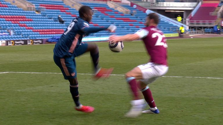 Erik Pieters handball in Burnley v Arsenal