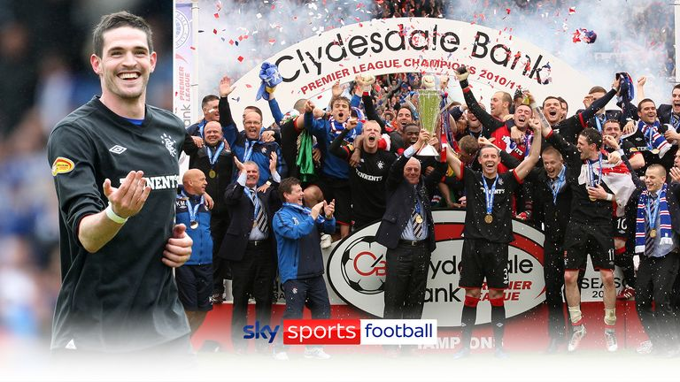 Rangers gave departing manager Walter Smith the perfect send-off as they wrapped up a third consecutive Scottish Premier League title in style.