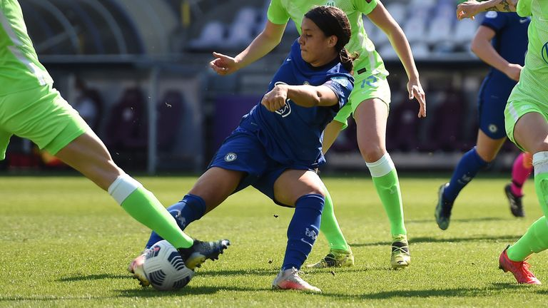 Sam Kerr swivels and scores to put Chelsea 2-0 up against Wolfsburg
