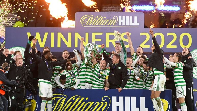 GLASGOW, SCOTLAND - DECEMBER 20: Celtic's Scott Brown lifts the William Hill Scottish Cup during the William Hill Scottish Cup Final between Celtic and Hearts at Hampden Park, on December 20, 2020, in Glasgow, Scotland. (Photo by Rob Casey / SNS Group)