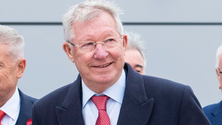 Sir Alex Ferguson with Dave Cormack (left)