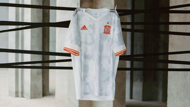 Spain away Euro 2020