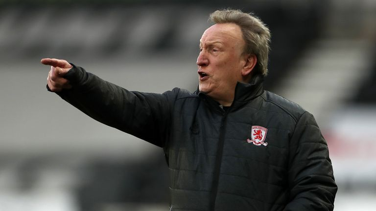 Neil Warnock has signed a contract to stay at Middlesbrough until June 2022