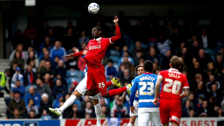 LONDON, ENGLAND - APRIL 09:  Yaya Sanogo of Charlton Athletic wins a header during the Sky Bet Championship match between Queens Park Rangers and Charlton Athletic at Loftus Road on April 9, 2016 in London, United Kingdom.  (Photo by Joel Ford/Getty Images)