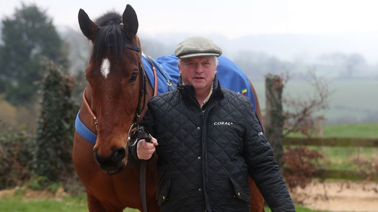 Trainer Colin Tizzard with Lostintranslation