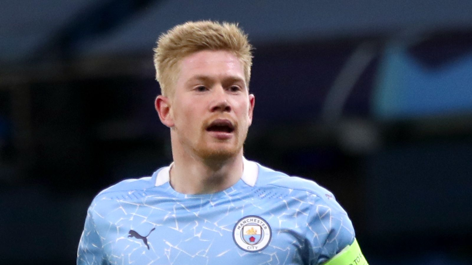 Kevin De Bruyne: Manchester City midfielder signs two-year contract extension until 2025