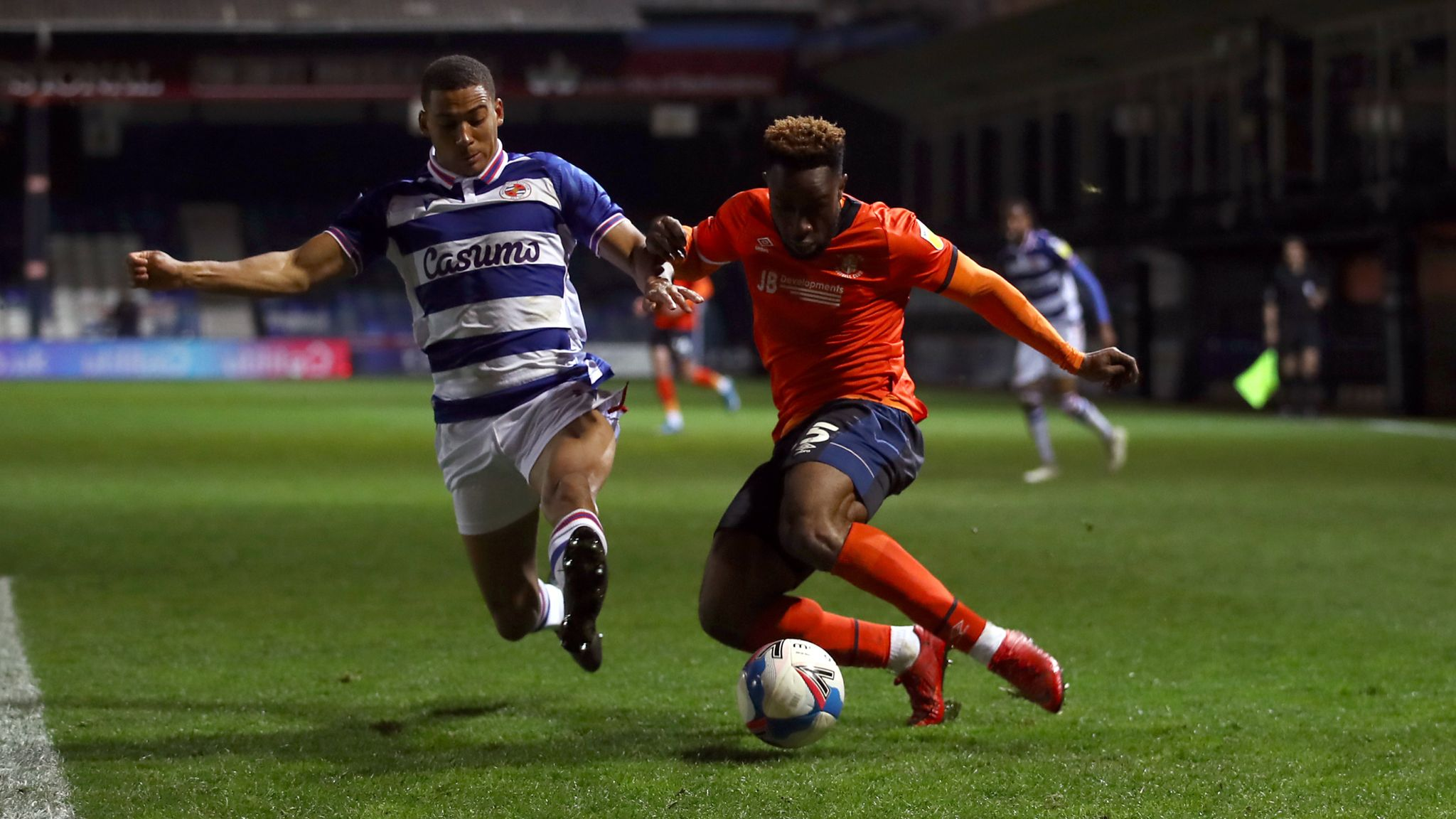 Luton Town 0-0 Reading: Royals play-off hopes slip further away