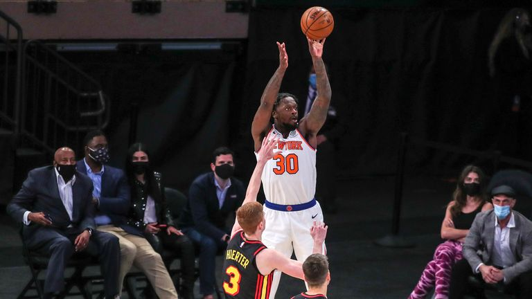 Julius Randle scored 40 points as the New York Knicks recorded their eighth straight triumph in an overtime win over the Atlanta Hawks.