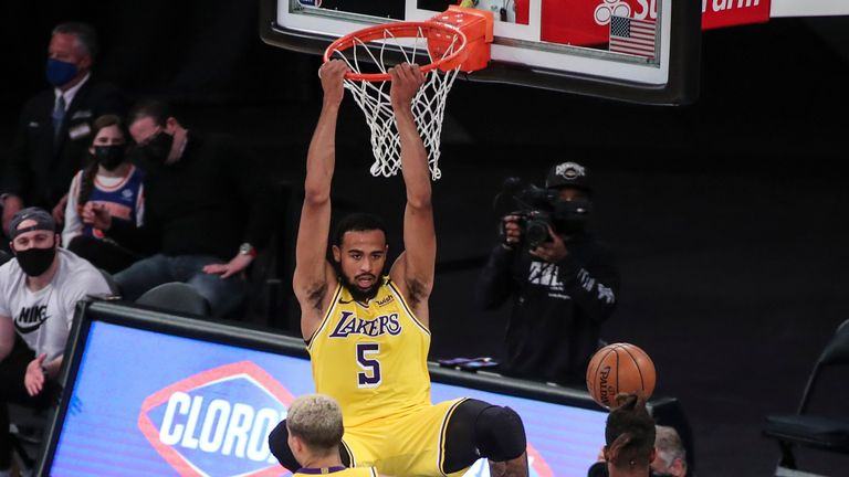 Talen Horton-Tucker's spectacular alley-oop dunk saw the Los Angeles Lakers close the gap on the New York Knicks in the third quarter.