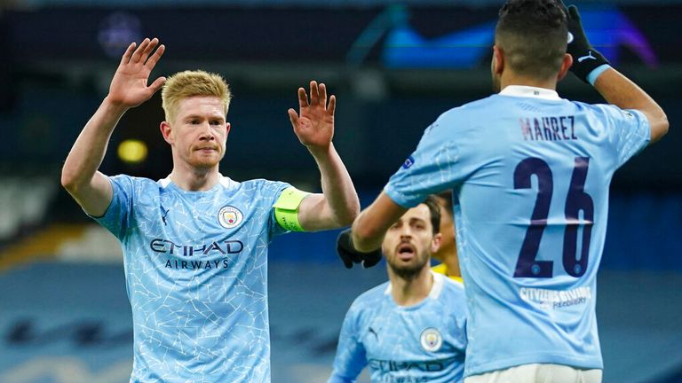 Kevin De Bruyne celebrates after putting Manchester City ahead