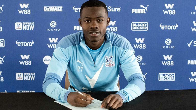 Tyrick Mitchell signs a new contract. Credit: Seb Frej for CPFC