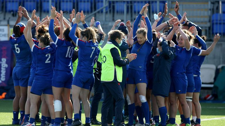 France players celebrate after their victory against Ireland