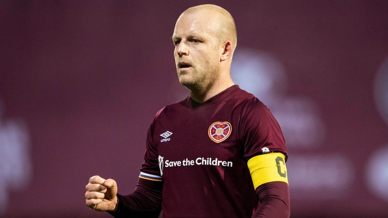 EDINBURGH, SCOTLAND - DECEMBER 29: Hearts' Steven Naismith at full time during the Scottish Championship match between Hearts  and Arbroath at Tynecastle Park, on December 29, 2020, in Edinburgh, Scotland. (Photo by Paul Devlin / SNS Group)