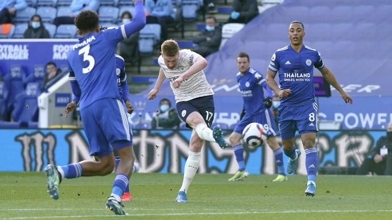 Kevin De Bruyne takes a shot on goal