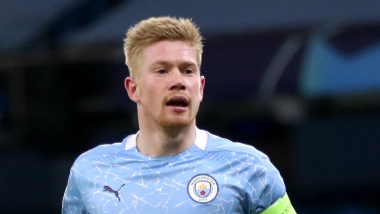 Kevin De Bruyne: Manchester City midfielder signs two-year contract extension until 2025 |  Football News