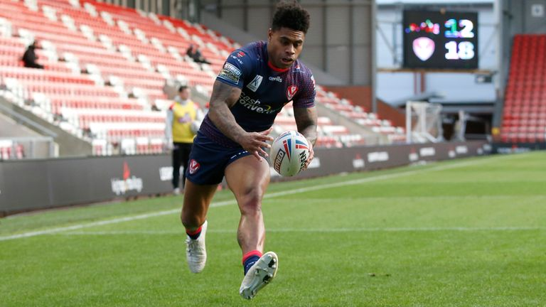 Kevin Naiqama goes over for St Helens' fourth try