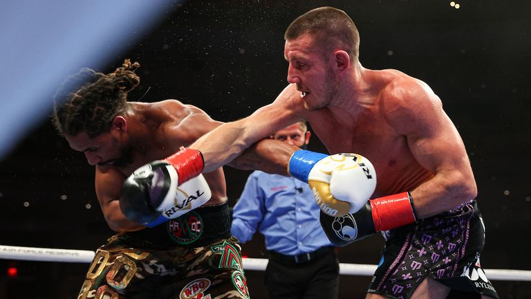 April 17, 2021; Miami, FL; Demetrius Andrade and Liam Williams during their bout on the April 17, 2021 Matchroom boxing fight card at the Hard Rock Seminole Casino in Hollywood, FL. Mandatory Credit: Ed Mulholland/Matchroom.