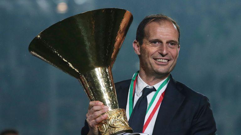فاز ماسيميليانو أليجري بخمسة ألقاب متتالية في دوري الدرجة الأولى الإيطالي مع يوفنتوس قبل مغادرته صيف 2019