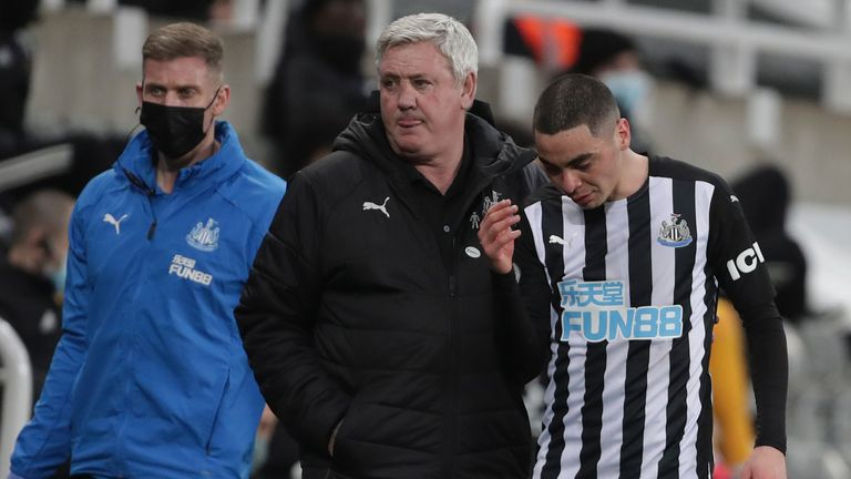Almiron says there is no language barrier between him and Steve Bruce