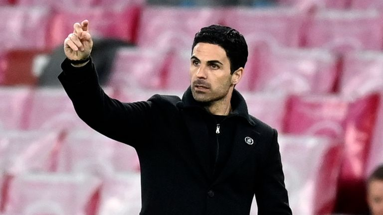 Mikel Arteta expressed his anger at the call to overturn his side's penalty