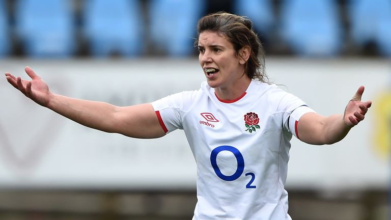 England skipper Sarah Hunter has been named among the replacements for Saturday's Six Nations final vs France